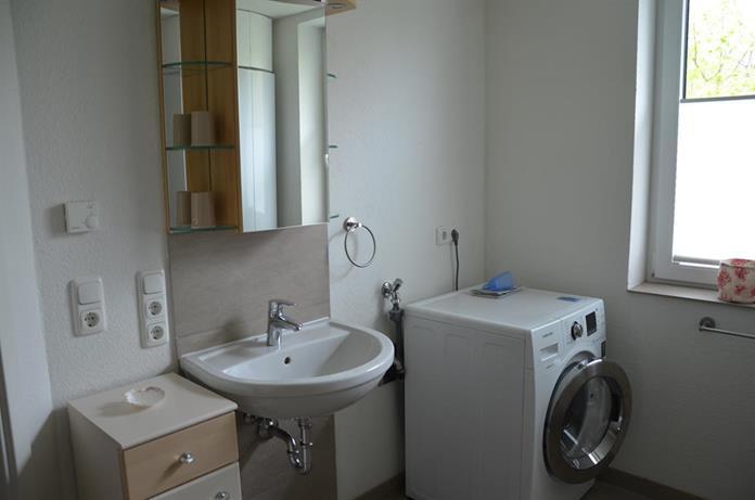Badezimmer_mit_Waschmaschine